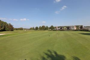 Hole 1 green_1200_800-Golfclub Flevoland